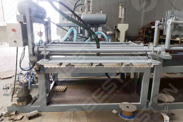 BTF1-4 Egg Tray Making Machine in the Factory