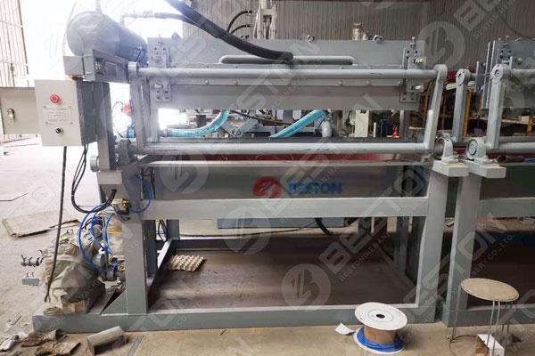 Machine de plateau d'oeufs de 1500 pièces au Lesotho