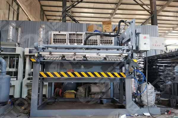 Máquina para fabricar cartón de huevos en Botswana