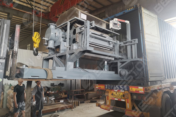 Loaded Egg Tray Machine to Russia